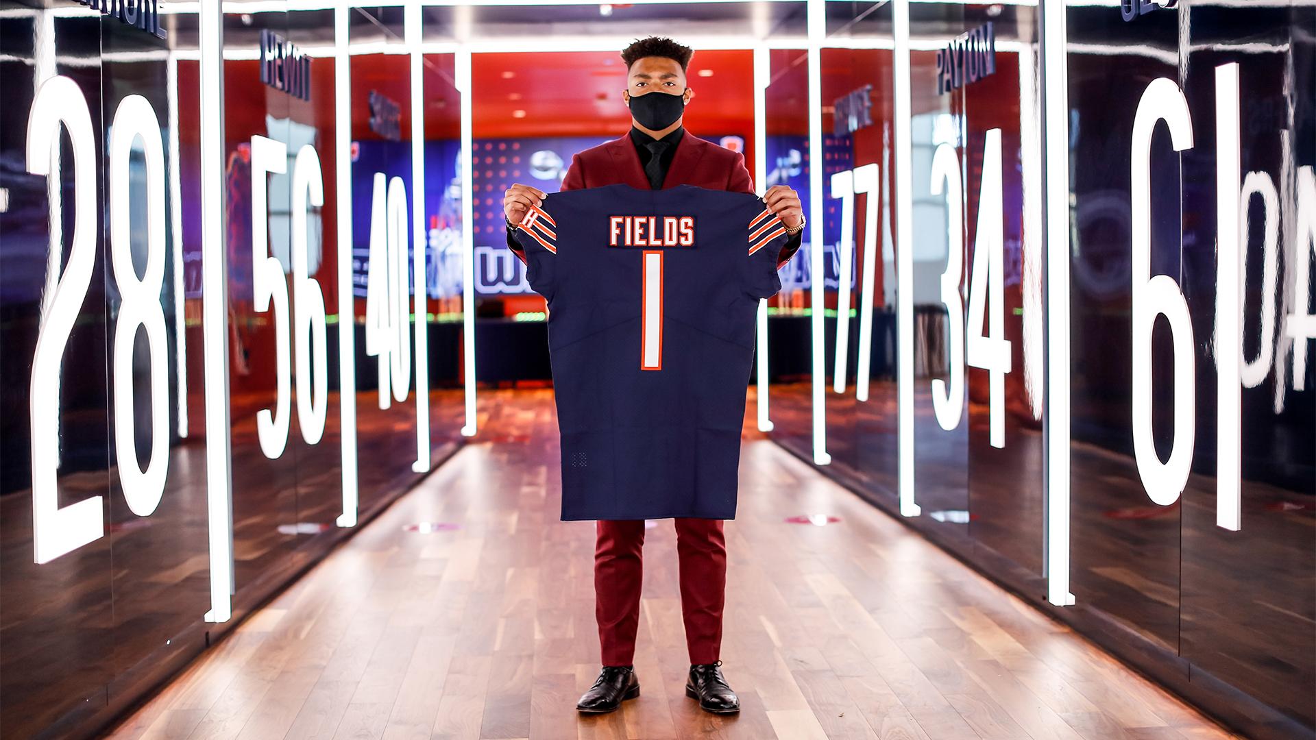 Justin-Fields-Ohio-State-Buckeyes-Football
